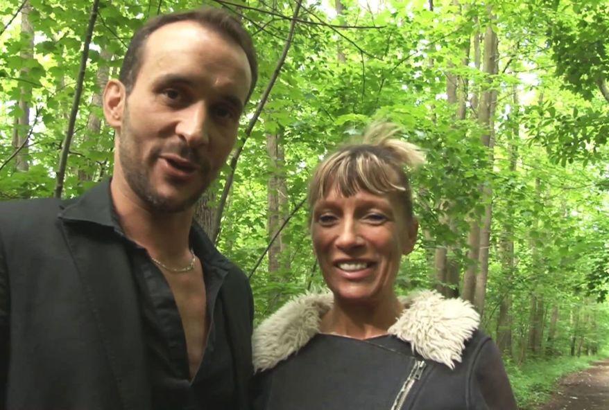 Grosse pute de 48 ans enculé en forêt.