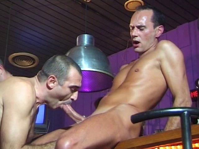 Bar gays et défonce à gogo
