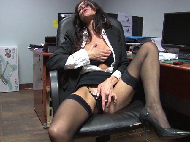 Porno en ligne putain de secrétaire