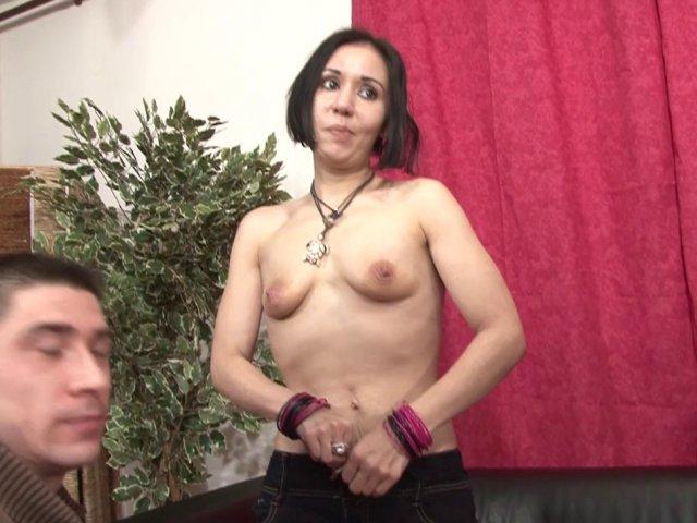 Sodomisée dans un porno francais