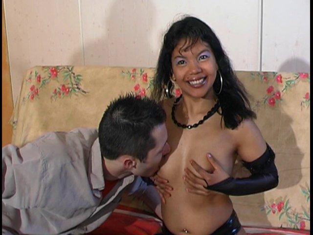 Geïsha de la rochelle aime le sexe!