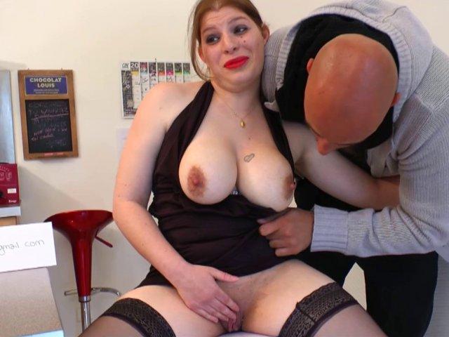 Gros seins boob emplois films gratuits