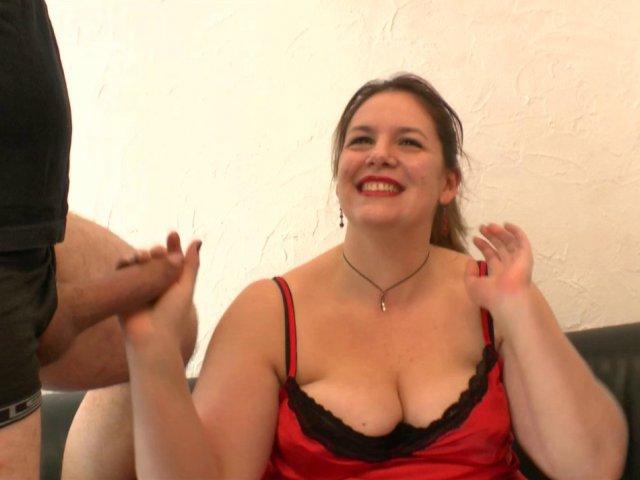 Son premier gang bang dans une vidéo porno francaise