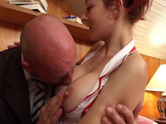 femme fontaine sodomisee ils baisent en public